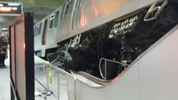 [CHI] Passengers Describe Blue Line Derailment, Crash