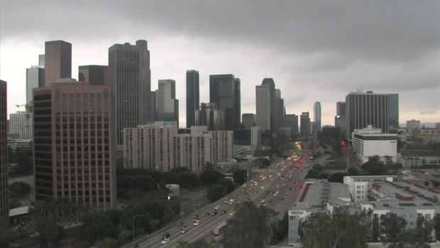 [LA] It's Here: Timelapse of LA's Much-Anticipated Storm