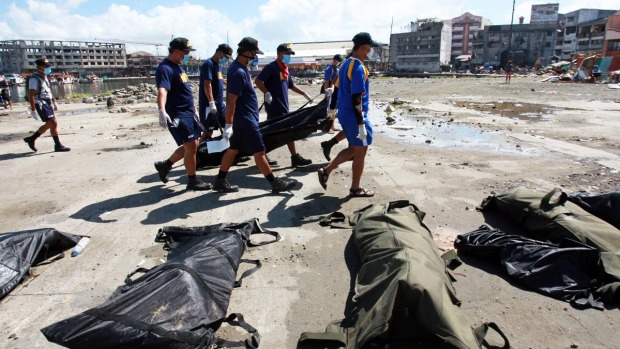 [AP] Raw Video: Burial of Typhoon Victims Continues
