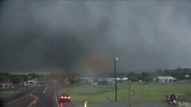 [NATL-DFW] Canton Tornado on the Ground