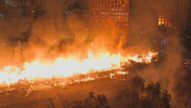 PHOTOS: Massive Da Vinci Fire