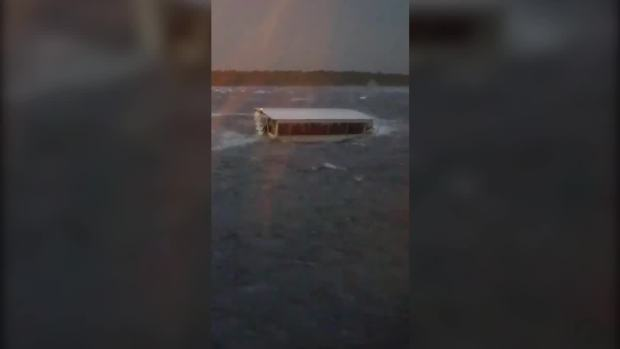 [NATL] Video Shows Moments Before Duck Boat Sinks in Missouri Storm