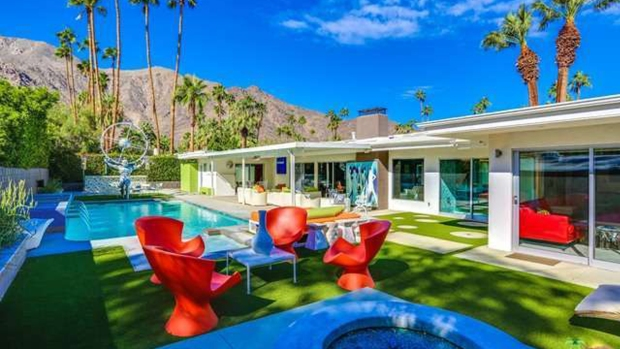 Sensory Overload: Pop Art-Style Home Called 'Leisureland' Is for Sale