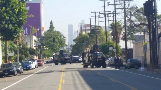 [PHOTOS] Officer Shot in South LA Gun Battle