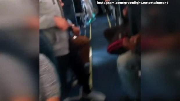 [LA] Passengers Brawl on a Spirit Airlines Flight