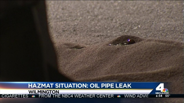 [LA] Crews Struggle to Find Leaking Oil's Source