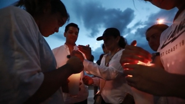 Vigil in Juarez, Mexico, Honors Those Killed in El Paso Attack