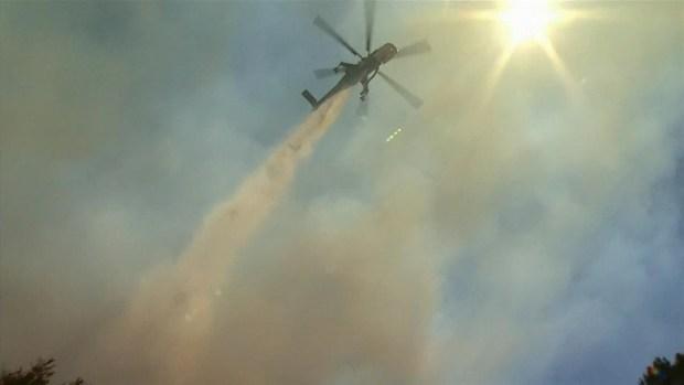 [LA GALLERY] Pilot Fire Burns in San Bernardino Mountains