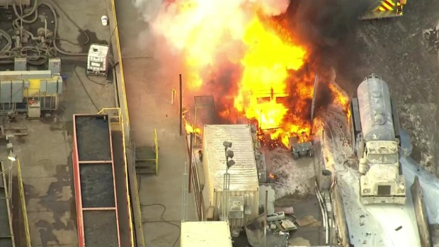 [LA] Vacuum Truck Explodes, Triggers Chemical Fire