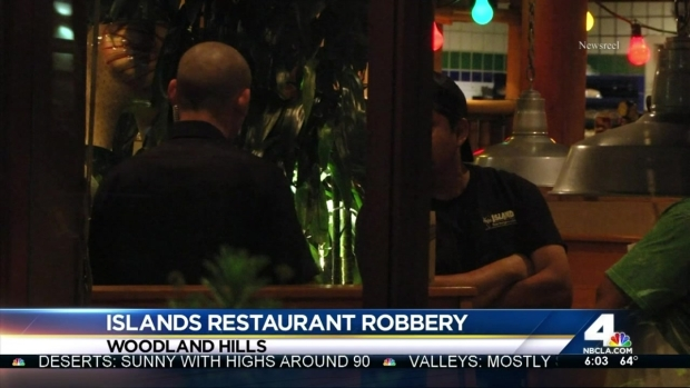 [LA] Man Robs Islands Restaurant Employees at Gunpoint