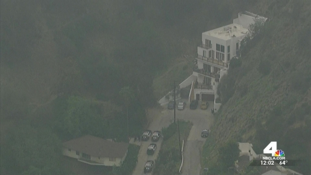 [LA] Officer Injured in Hollywood Hills Shooting