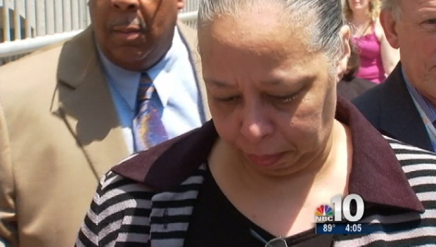 [PHI] Gosnell's Wife Sobs Before Sentencing