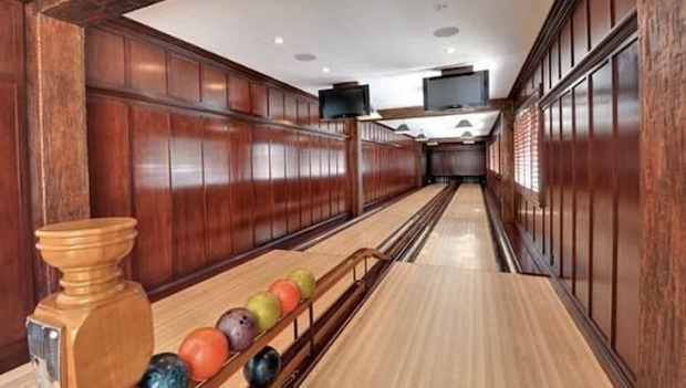 The 10 Most Magnificent Home Bowling Alleys In America