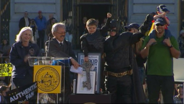 [BAY] RAW VIDEO: Batkid Receives Key to San Francisco