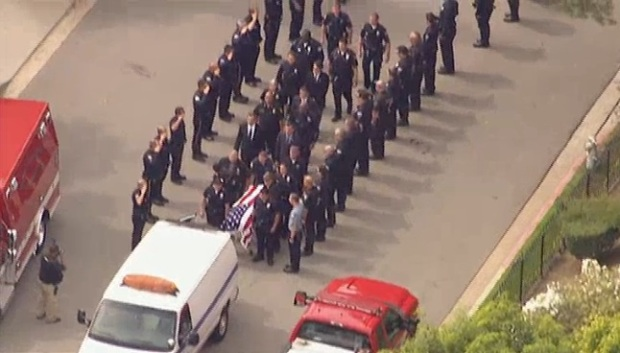 [LA] Chief, Mayor React to Death of LAPD Officer Killed in Crash