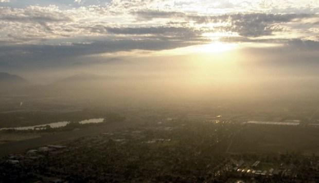 [LA] AM Forecast: Showers Move Inland