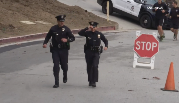 [LA] Cops Run 400 Miles in Honor of Officers Killed in Line of Duty
