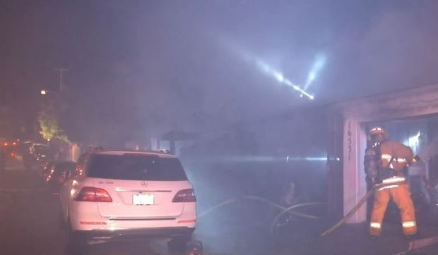 [LA STRINGER] Five Injured in Pacific Palisades House Fire