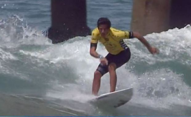 [LA] Surfing Competition, Security in Huntington Beach