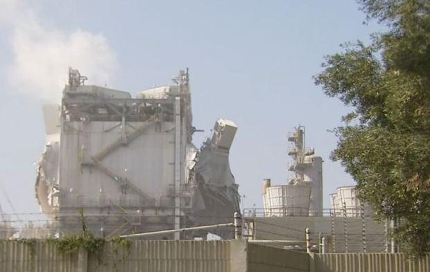 [LA GALLERY] Refinery Explosion Rocks Torrance