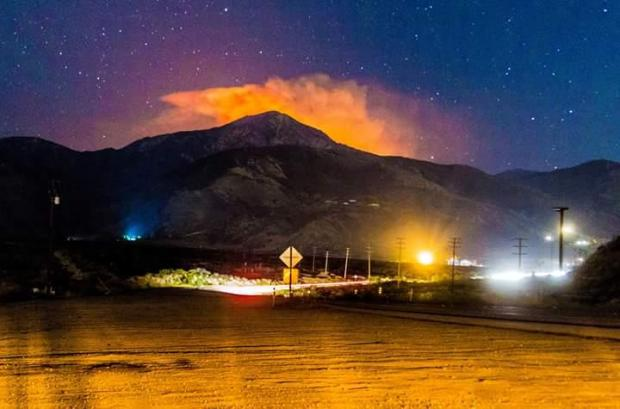 [LA] Fire Scorches 10,000 Acres in San Bernardino Mountains