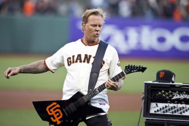 [BAY] Metallica Performs National Anthem