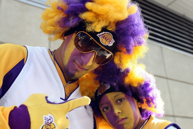 Fans Love the Lakers