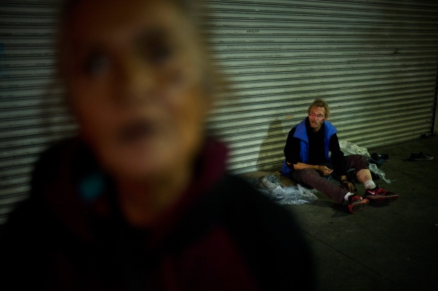 [LA-NATL] Eyes of the Homeless Reveal Stories of Heartache, Hope