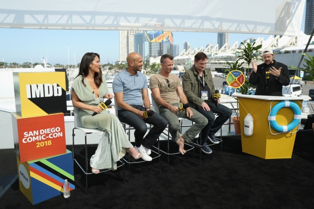 [NATL] Top Entertainment Photos: 'The Predator' Stars Panel Aboard Yacht at San Diego Comic-Con