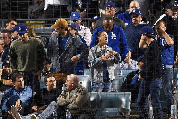 [LA GALLERY updated 4/27] Celebrities in the Stands: Dodgers Edition