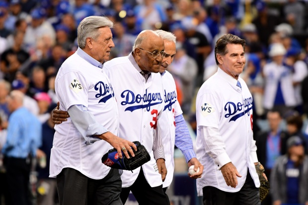 [la gallery UPDATED 10/25] Photos: Adorable, Emotional and Sometimes Awkward Ceremonial First Pitches at Dodger Stadium