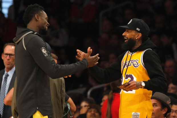 [LA GALLERY UPDATED 12/26] Celebrity Fans: Los Angeles Lakers Edition