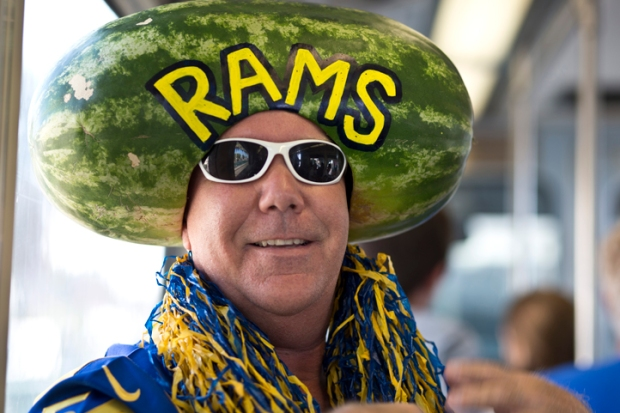 LA Welcomes Rams Back to LA Coliseum