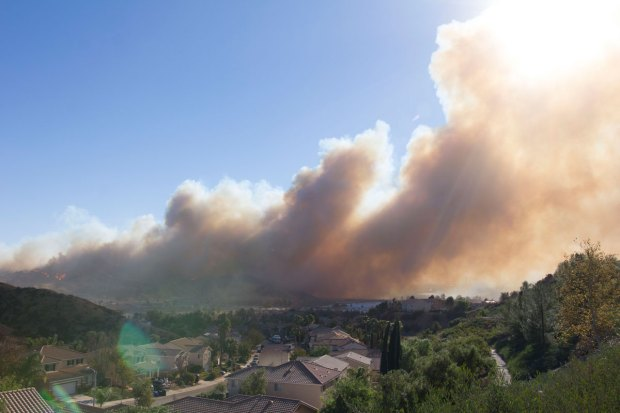 Rye Fire Erupts in Santa Clarita