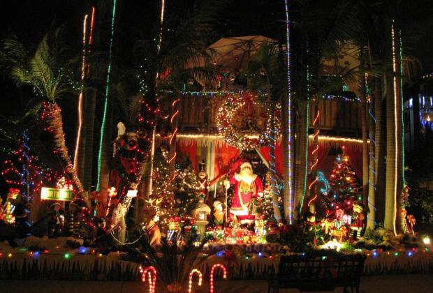 Holiday Lights Viewer Slideshow
