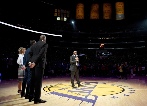 Lakers Retire Both of Kobe Bryant's Jerseys: No. 8 and No. 24