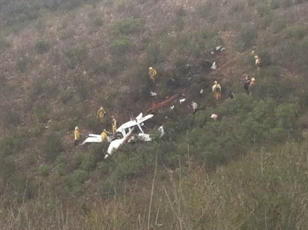 3 Killed in Lakeside Plane Crash