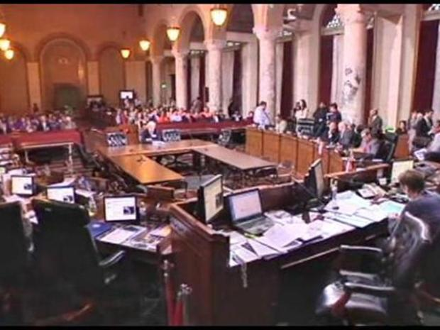 [LA] L.A. City Council Votes to Boycott Arizona