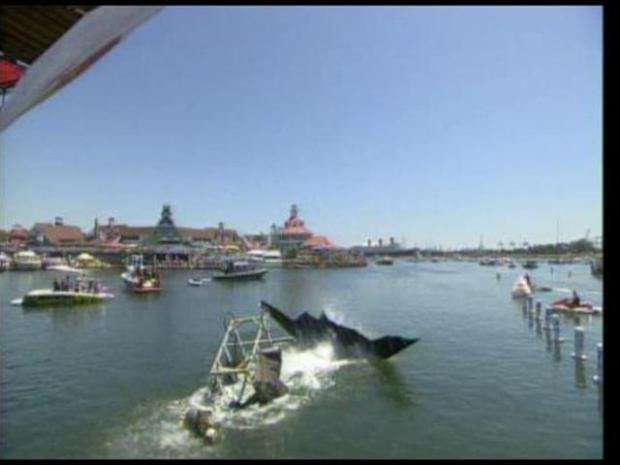 [LA] Red Bull Flutag Takes Flight in Long Beach: Raw Video