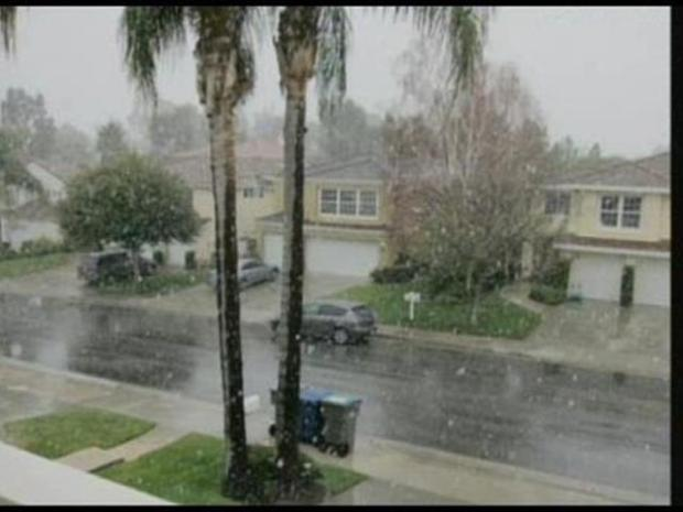 [LA] Let it Snow in Santa Clarita