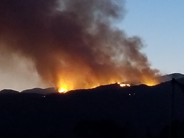 [la gallery] Photos: Brush Fire Burns in Cleveland National Forest