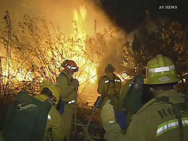 Brush Fire Burns on Border of Duarte and Azusa