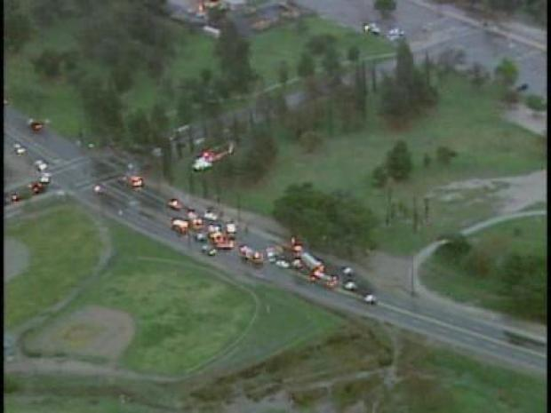 [LA] Three Vehicles Crash in Pacoima (RAW)