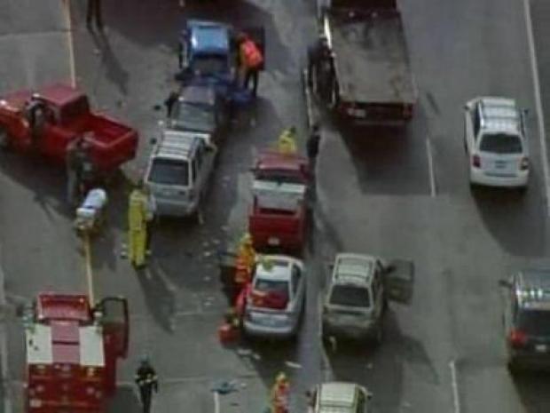 [LA] 101 Freeway Pileup in Agoura