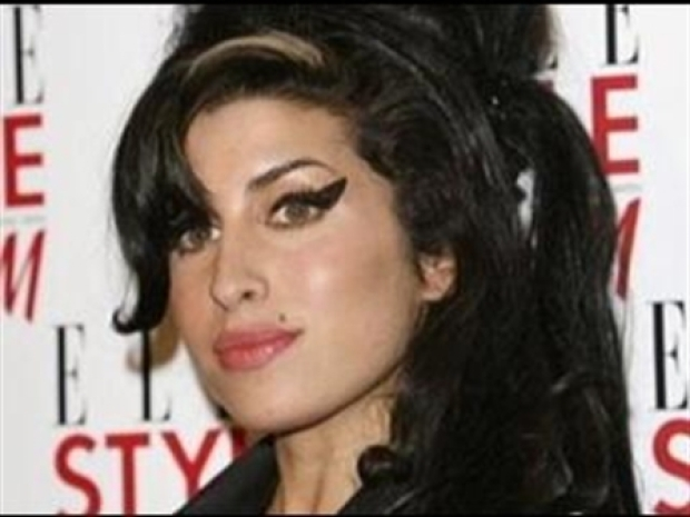 [NATL] Winehouse Hospitalized