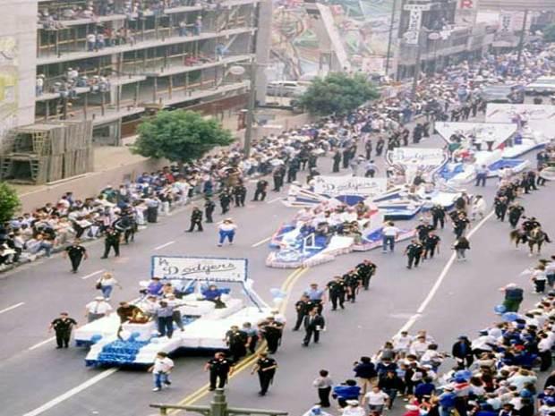 Dodgers, Fans Celebrate 1988 World Series Win
