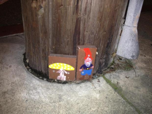 [BAY] Tiny Gnomes in Oakland Spark Controversy