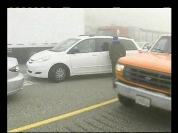 [LA] Cars Demolished in Grapevine Crash (RAW)