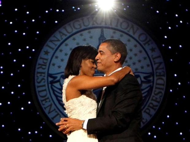 "Obamas Dance ""At Last"""