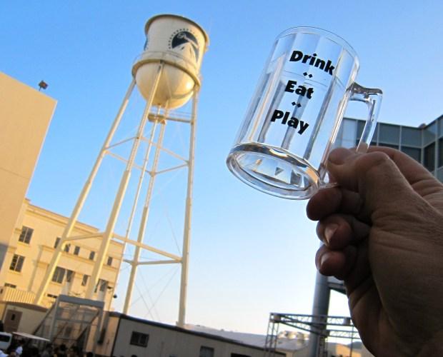 Drink, Eat, Play: Mug Shots